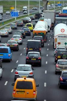 Flinke vertraging op A29 door ongeluk