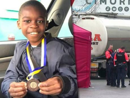 """La famille de l'enfant fauché par un camion à Alost en état de choc: """"Je n'arrive pas à y croire"""""""