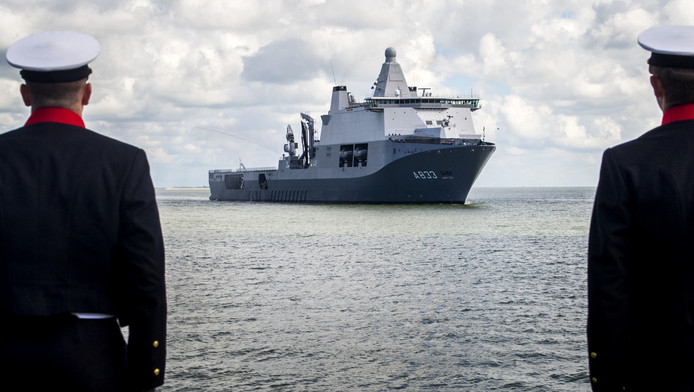 Duitse militairen mogen vanaf vandaag ook gebruik maken van het grootste Nederlandse marineschip, de Zr.Ms Karel Doorman.