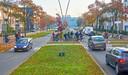 De fietsoversteek aan de Wethouder van Esschtraat was afgelopen zomer het decor van veel ongelukken. Nu niet meer.