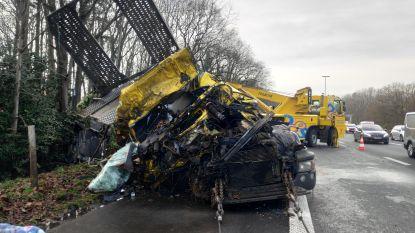 46-jarige trucker overleden op E40 in Aalter: passanten slaan aan het filmen
