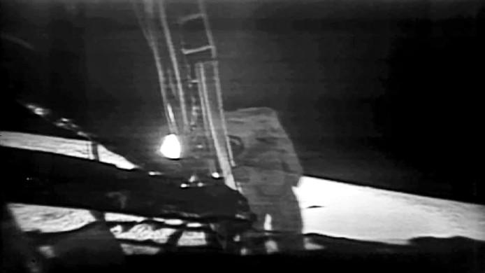 Neil Armstong, de eerste mens op de maan.