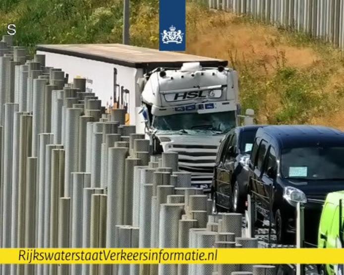 Het ongeluk op de verbindingsweg A67-A2.