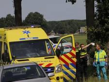 Fietser overleden na aanrijding met vrachtwagen in Lochem