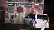 Politiecombi ramt Leuvens restaurant na achtervolging: negen studentenkamers ontruimd, gebouw moet gestut