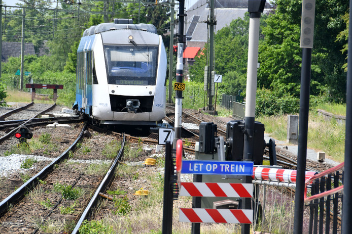 Een Keolis-trein tussen Hengelo en Oldenzaal