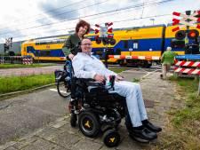 Voorlopig geen onderzoek naar haperende rolstoel ALS-patiënt Hanno (45) op spoor Wijhe