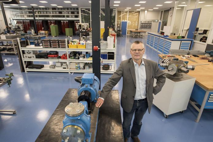 """Rob Swennenhuis, directeur SMEOT Hengelo. """"Voorlopig groeien we alleen maar."""""""