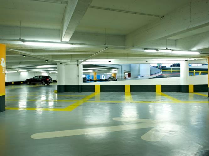 """""""Parkings zijn nergens zo leeg als in Brussel"""": corona en zachte mobiliteit houden auto's weg uit hoofdstad"""