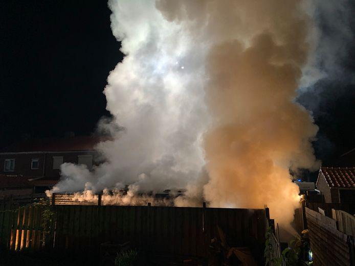 Enorme rookontwikkeling bij de brand in Dieren