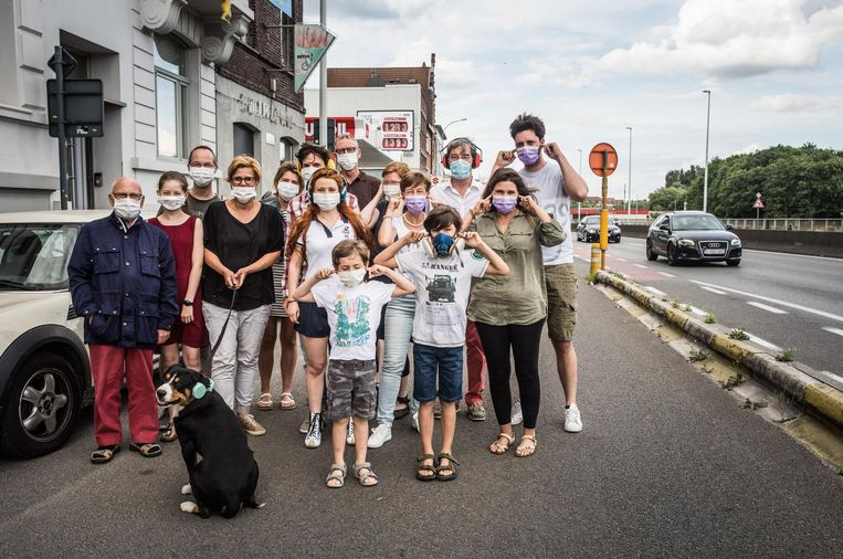 De bewoners van de Vlaamsekaai protesteerden tegen de overlast aan de stadsring.