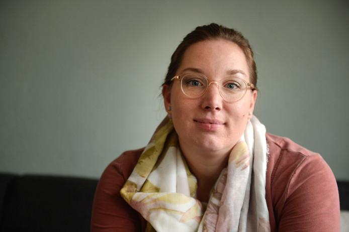 Lyanca ten Donkelaar is als schoolleider betrokken bij de aanbieding van alle verplichte lesstof voor het basisonderwijs.