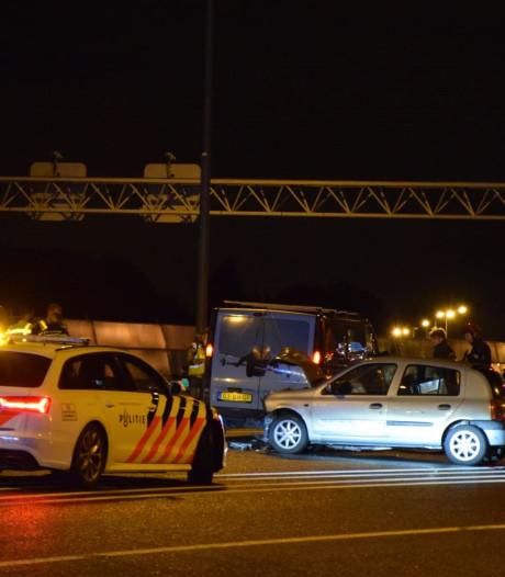 Twee gewonden bij aanrijding met vier auto's op A4