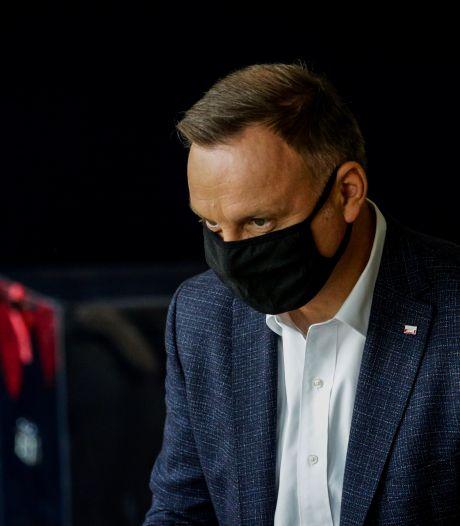 Rechts-conservatieve Andrzesj Duda herkozen als Poolse president