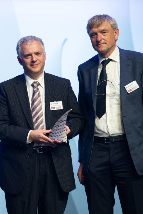 ASML-duo wint uitvindersprijs in Parijs
