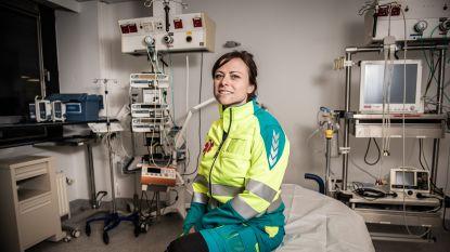 """Militair spoedarts Marijke De Raes (36) is nieuw gezicht in 'Topdokters': """"Een gevaarlijke job? Ik heb meer schrik als ik door Antwerpen fiets"""""""