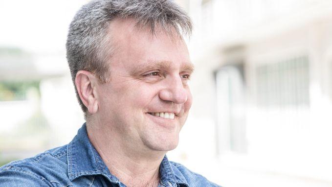Ivan Pecnik maakt de grapjes in 'Komen Eten'