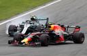 Valtteri Bottas en Max Verstappen in Monza vorig jaar.