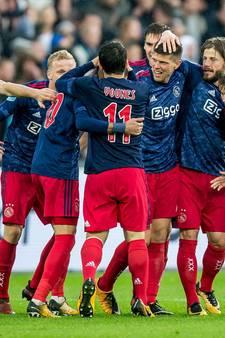 Ajax loopt in slotfase over Feyenoord heen dankzij invallers