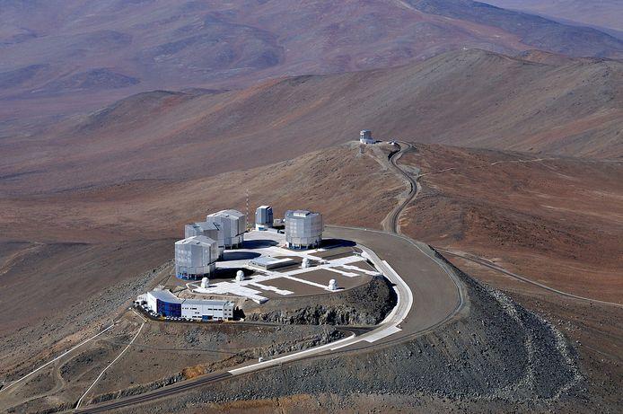 De Very Large Telescope (VLT) in de woestijn van Chili.