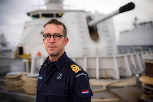 """Commandant Theo Klootwijk houdt het hoofd koel: ,,ik ga er vanuit dat er geen schot wordt gelost."""""""