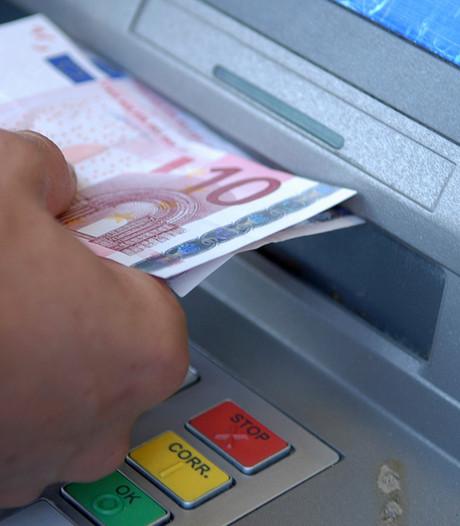 Rabobank betaalt huur mobiele pinautomaat op Koningsdag Markelo