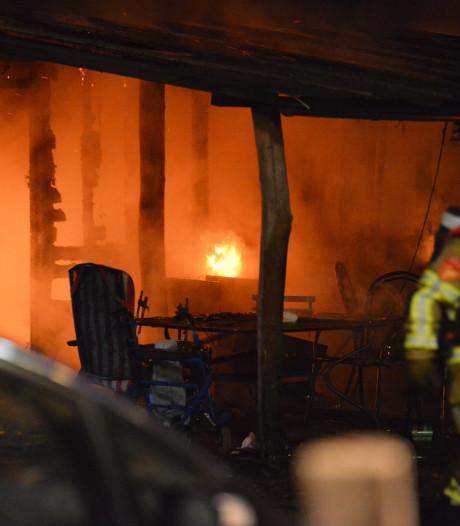 Twee jongens (6 en 9) komen om bij woningbrand in Brabantse Strijbeek, oma en vader gewond