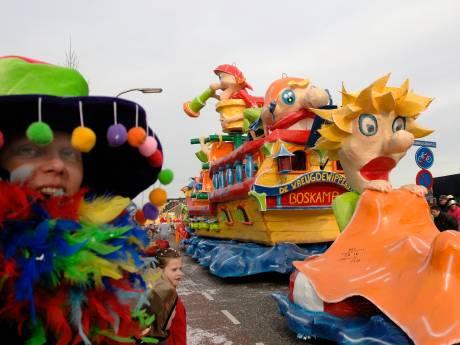 Eerste Sallandse carnavalsoptocht op de Boskamp gewoon van start