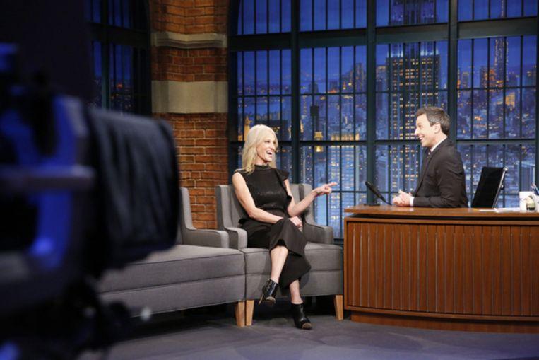 Kellyanne Conway te gast bij Seth Meyers Beeld NBCU Photo Bank via Getty Images