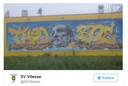 Onbekenden hebben de tekst NEC over het eerbetoon aan Theo Bos gespoten op het supportershome van Vitesse.