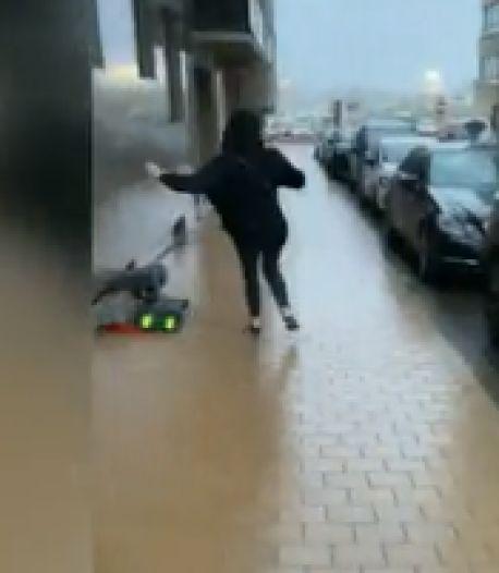 À la Côte, des passants littéralement emportés par le vent