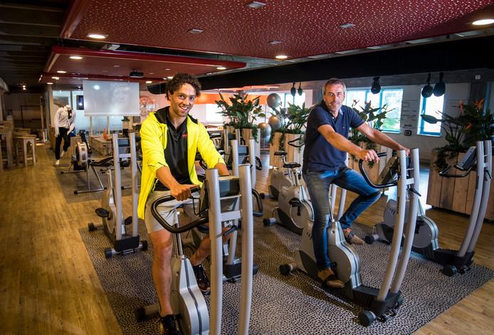 Bedrijfsleider Mike Kerr en eigenaar Michel Verweg van Sportcentrum Obifit in 2016, toen de sportschool besloot niet meer te willen concurreren met prijsvechters.