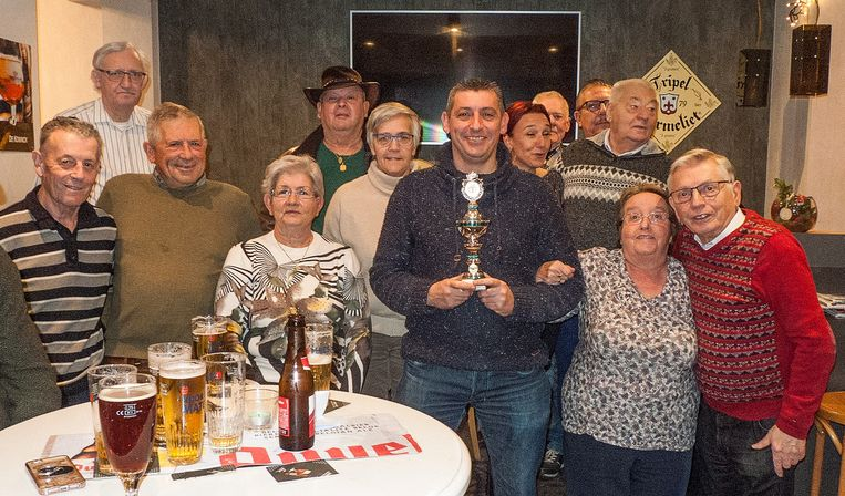 De winnaars van het kersttornooi van S-Plus Rumst
