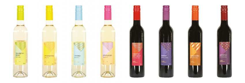 Kleinere flessen wijn van Hema.