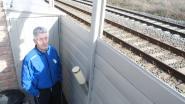 """Bewoners moeten koterijen bij spoorweg afbreken: """"Wacht maar, we halen er zélf een landmeter bij"""""""