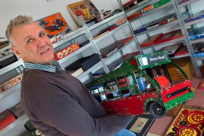 Koos van Reesch is gek van Meccano en organiseert op 23 november in Zelhem een grote tentoonstelling.