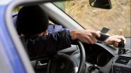 Twee gps-toestellen uit auto gestolen