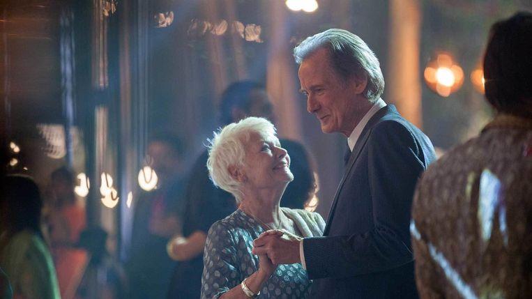 Judi Dench en Bill Nighy in The Best Exotic Marigold Hotel van John Madden. Beeld