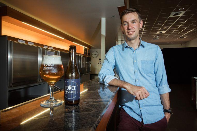 Stijn Panis uit Genk ontwikkelde een alcoholvrij speciaalbier Force Majeure, het eerste in z'n soort in bierland België.