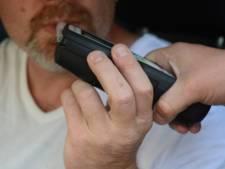 Dronken man (49) bedreigt en slaat voorbijgangers in Bergen op Zoom