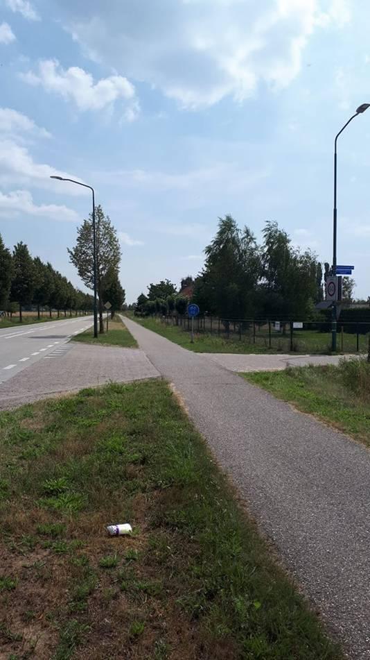 Het fietspad waar de mishandeling plaats vond