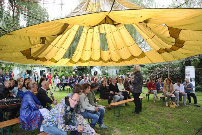 Een impressie van Festival De Oversteek.