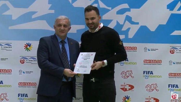 Ado Peljto beste coach van de wereld.