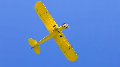 Broers crashen met vliegtuigje nadat ze assen van vader uitstrooien, één overleeft het niet