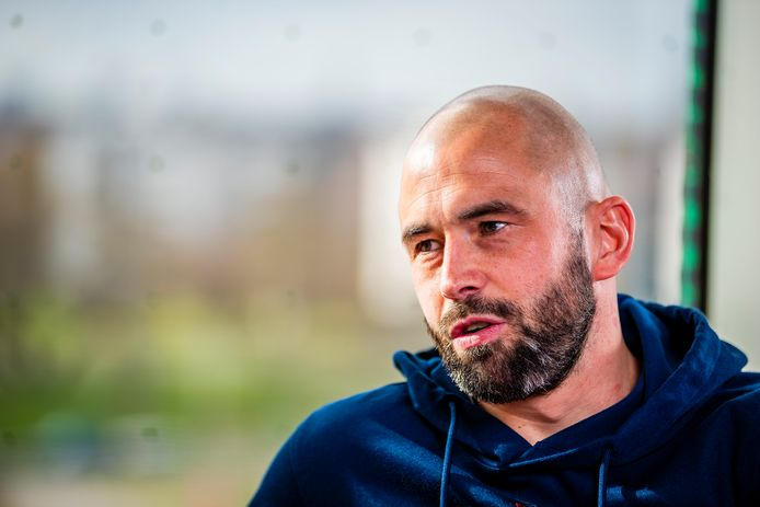 Steven Defour traint bij KV Mechelen.