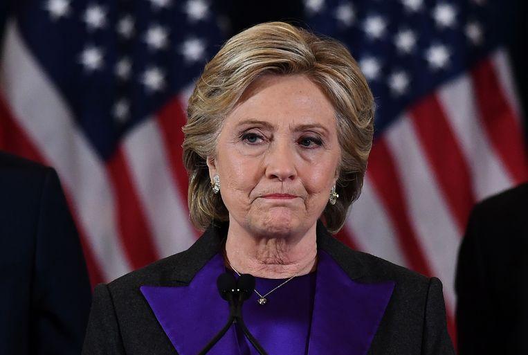 Clinton bij haar speech nadat ze de verkiezingen van Trump verloren heeft, in november 2016.   Beeld AFP