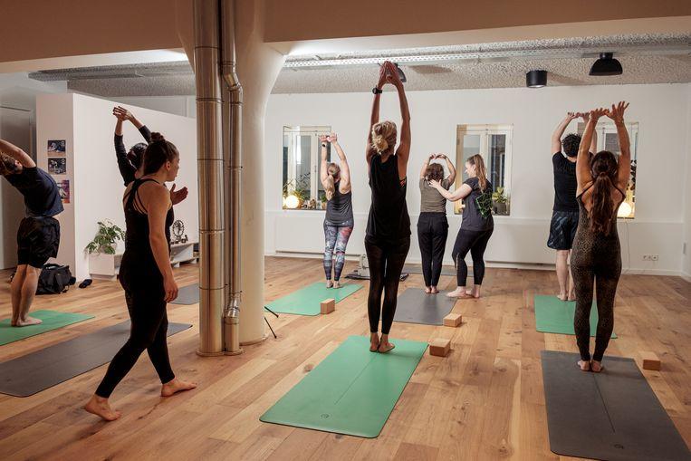 United.yoga, Hoogte Kadijk 51. Beeld Jakob Van Vliet