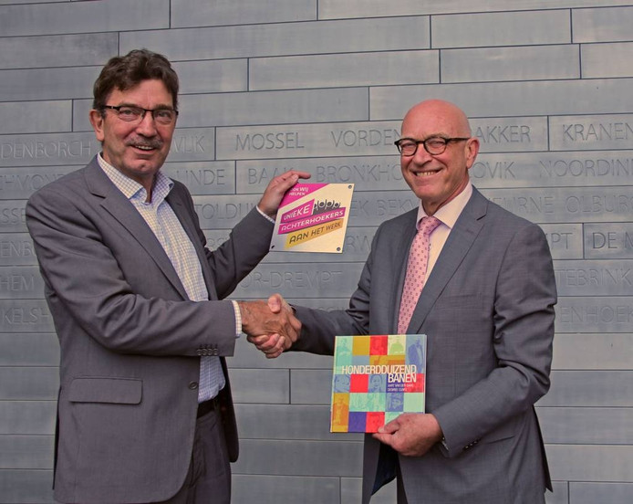Wethouder Seesing en Aart van der Gaag van VNO-NCW. Foto: Gemeente Bronckhorst