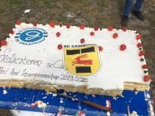 Supporters De Graafschap bezorgen enorme kampioenstaart bij SC Cambuur