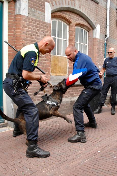 Schrik niet van knallen in Sint Anthonis; de ME gebruikt oefenmunitie